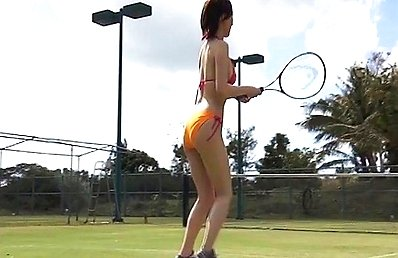 Fujimoto Asami Asian loves playing tennis in bath suit only