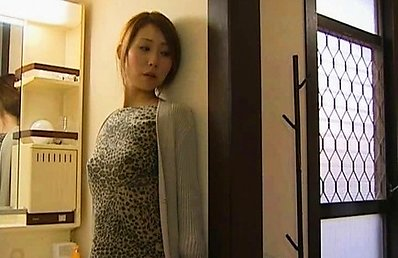 Japanese AV Model gets some hard dong in her slit over table